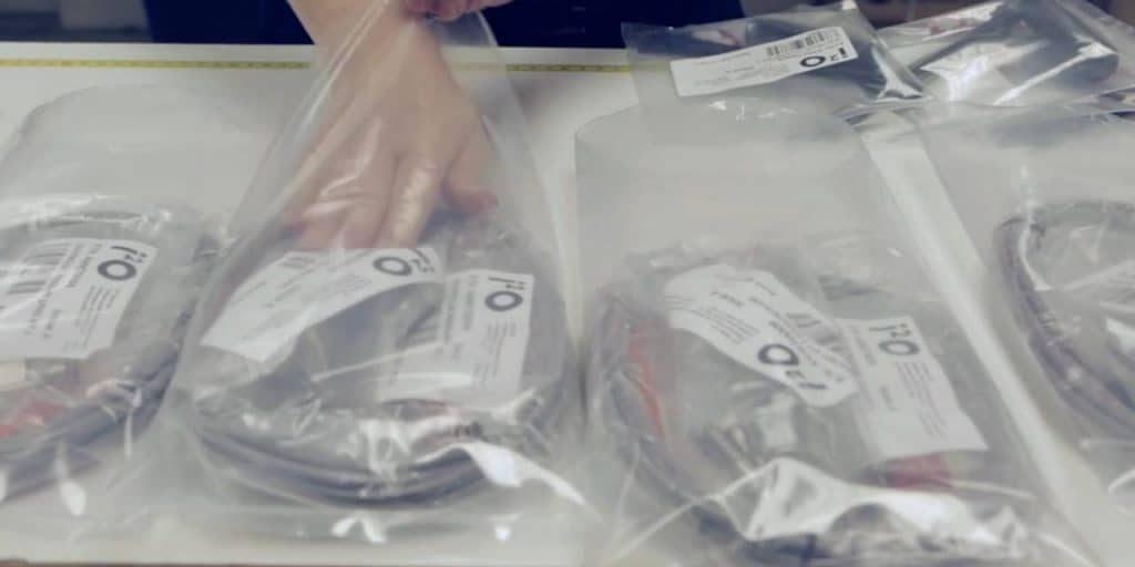 Acorn-packing2